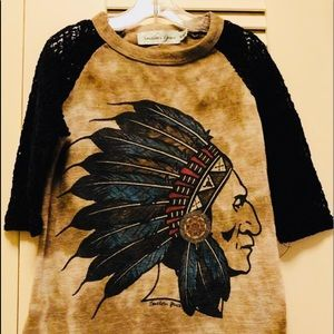 Southern Grace Indian Shirt. Nice Condition ❤️